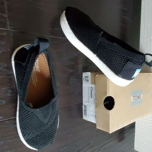Brand new Toms classic black mesh shoes
